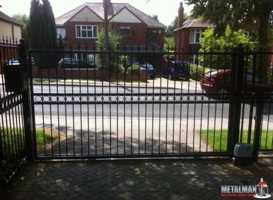 Automated gates Whitestone