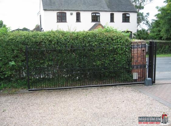 Automated gates Meriden